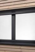 Okno může být stíněno ZIP screenen, fixní i otevíravá část vypadá stejně se skrytým rámem
