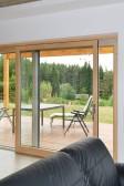 V interiéru je výhodou přirozený povrch dřeva