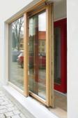 Modřínové posuvné dveře