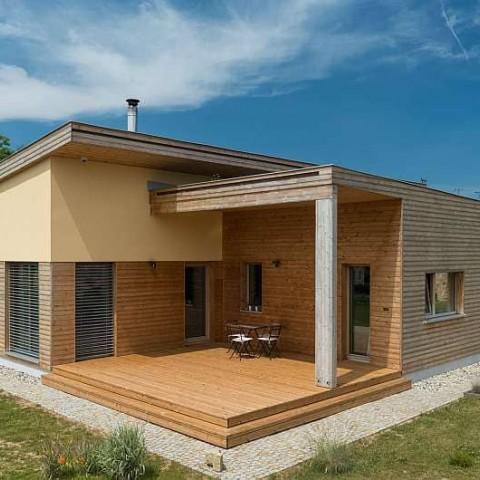 Dřevostavba s dřevěnými okny SC92