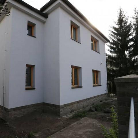 Nový dům Evy Decastelo