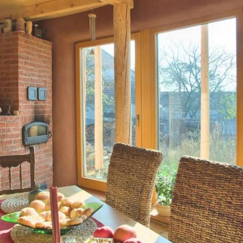 Eurookna - prosklená stěna v kulatém domě