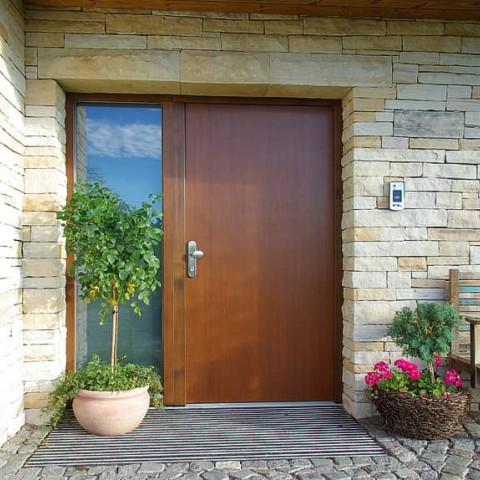 Dřevěné vchodové dveře TREND